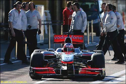McLaren MP4-25. Февраль 2010, тесты